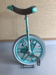 緑のスケアクロウ本体の写真